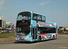 YJ04 FZE Stagecoach East Midland EMMS 16964 (theroumynante) Tags: stagecoach east midland emms 16964 volvo b7tl wright eclipse gemini skegness bus buses lowfloor road transport opentop yj04fze rollytheseasider