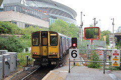 20190618 010 Drayton Park. 313048 At Rear  2G18 16.55 Moorgate - Gordon Hill (15038) Tags: railways trains br britishrail electric emu class313 313048 draytonpark