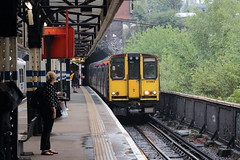 20190618 016 Drayton Park. 313064 2G19 17.09 Moorgate - Gordon Hill (15038) Tags: railways trains br britishrail electric emu class313 313064 draytonpark