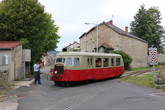 2015-09-13, VFV, Tence (Fototak) Tags: schmalspurbahn train railway treno autorail diesel 313 cfd velay vfv