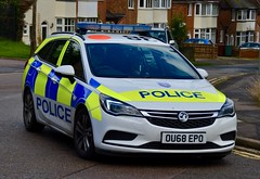 Thames Valley Police Vauxhall Astra Response Car (Oxon999) Tags: tvp thamesvalleypolice thamesvalley traffic trafficunit police policeunmarked policeforce policebmw policecar policevauxhall policevan ukpolice oxford oxfordshire oxfordshirepolice oxfordshirefireandrescue banbury bicester 999 bluelights emergency unmarkedpolice roadspolicing