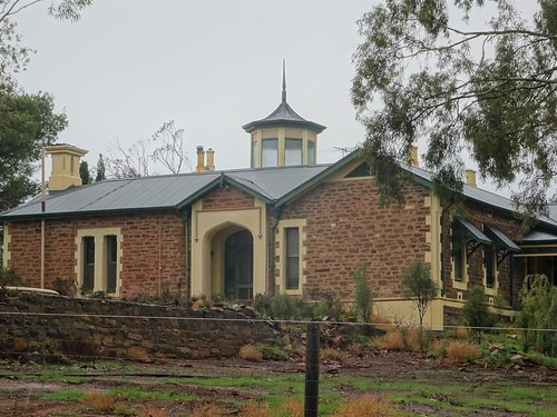 Kapunda. Osborne House built for store keeper Andrew Thomson. Thomson's store is now the information centre in the  main street. Its Gothic features date it to 1862 when it was built.