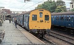 1981 - Last AM6, at 'Victoria (Robert Gadsdon) Tags: 1981 br lner am6 class306 306017 shenfieldunit southendvictoriastation rcts class306farewelltour emu withdrawn preserved