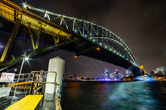 Peeking through (Jared Beaney) Tags: canon canon6d australia australian travel photography photographer night sydney newsouthwales vividsydney 2019 sydneyharbourbridge harbour bridge milsonspoint city cityscapes cityscape sydneyoperahouse