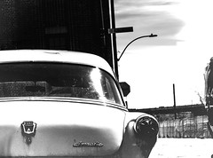 Ford - utomatic (photosgabrielle) Tags: urban montreal bwphotography car auto noiretblanc noirblanc urbain photosgabrielle ford