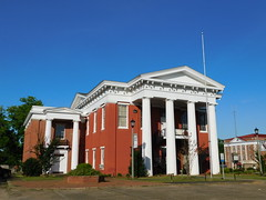 Wilcox County Courthouse (jimmywayne) Tags: camden alabama wilcoxcounty historic antebellum countycourthouse courthouse nrhp nationalregister