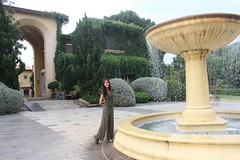Primo Piazza (ChalidaTour) Tags: thailand thai asia asian girl femme lady woman teen twen beautiful petite cute sweet italy fountain water piazza primo nina place square