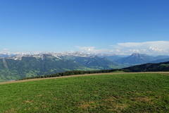 Summit @ Crêt de Châtillon @ Semnoz @ Hike to Crêt de Châtillon (*_*) Tags: europe france hautesavoie 74 annecy savoie spring printemps 2019 june afternoon bauges semnoz hiking mountain montagne nature randonnee walk marche summit sommet