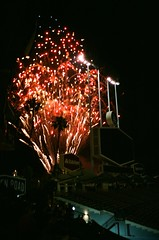 000016980034 (sadjeans) Tags: chinonbellami kodakportra800 digitalcolorimagelab 35mm film dodgersstadium fireworks