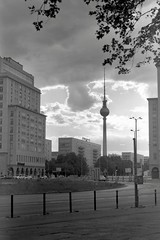 Grey Tower in a Grey City (ucn) Tags: berlin strausbergerplatz friedrichshain telespargel tessar135cmf45 ilfordhp5400 rollexpatent6x9cm zeissikondonata2277u grey grau