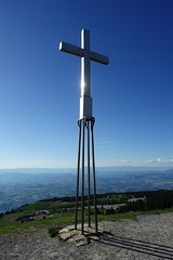 Cross @ Summit @ Crêt de Châtillon @ Semnoz @ Hike to Crêt de Châtillon (*_*) Tags: europe france hautesavoie 74 annecy savoie spring printemps 2019 june afternoon bauges semnoz hiking mountain montagne nature randonnee walk marche catholic christian chretien cross croix summit sommet cretdechatillon