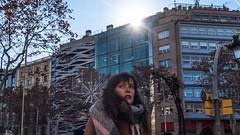 * (Timos L) Tags: girl street portrait candid life sun flash canon g5x timosl barcelona catalunya spain