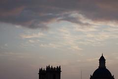 Amanecer en Valencia 01 (dorieo21) Tags: nuage cloud nube arquitectura architecture arquitecture nikon sunrise amanecer aurore cielo sky ciel