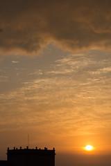 Amanecer en Valencia 02 (dorieo21) Tags: sunrise sun sol soleil nube cloud nuage aurore nikon cielo sky ciel