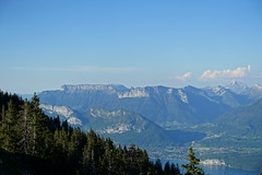 Lake Annecy @ Bike ride from Crêt de Châtillon to Annecy (*_*) Tags: spring printemps 2019 afternoon evening june europe france hautesavoie 74 annecy savoie bauges semnoz lacdannecy lakeannecy