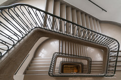 TU Treppen (Frank Guschmann) Tags: treppe strassedes17juni treppenhaus tuberlin stairs nikon steps stairwell staircase architektur d500 stufen escaliers nikond500 frankguschmann