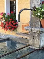 L'abreuvoir (Jolivillage) Tags: jolivillage village borgo sappada friuli sudtirol italie italy italia europe europa picturesque geotagged fontaine fontana fountain eau water acqua