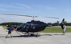 """Wer liebt, der schiebt"" - Bell B206B ""JetRanger II"" @ LOAU (stecker.rene) Tags: omxrc bell b206 b206b jetranger jetrangerii cn8530 aerial loau stockerau flugplatz aerodrome apron vorfeld summer 2019 helicopter heli rotor rotorcraft aircraft tarmac clouds sony dscrx100 rx100 vfr guestflight"