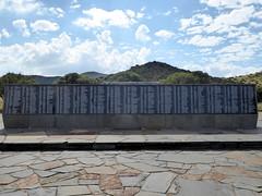Memorial Plaque (Proteus_XYZ) Tags: southafrica freestate karoo bethulie concentrationcamp angloboerwar memorialplaque