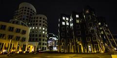 Düsseldorf0256Zollhafen (schulzharri) Tags: düsseldorf nrw deutschland germany europa europe architektur architecture glas modern haus building himmel gebäude stadt