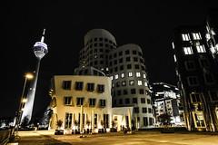 Düsseldorf0255Zollhafen (schulzharri) Tags: düsseldorf nrw deutschland germany europa europe architektur architecture glas modern haus building himmel gebäude stadt