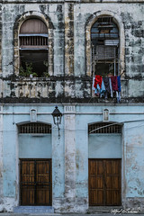 Havana_MG_4044 (Alfred J. Lockwood Photography) Tags: alfredjlockwood travelphotography streetphotography building laundry shapes patterns texture cuba bluehour evening spring twilight abstract