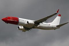 Boeing 737 LN-NGT Norwegian - Edinburgh Airport 20/6/19 (robert_pittuck) Tags: boeing 737 lnngt norwegian edinburgh airport 20619