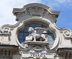 Turin: 19th Century Flourish (John of Witney) Tags: lino statue sculpture venice venezia turin torino italy italia lacittàmetropolitanaditorinovistadavoi