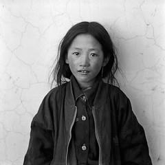 tibet1999_96 (Shinya Arimoto) Tags: tibet 6×6 bw tmax400 tibet1999 rolleiflex xenotar 80mm f28 portrait happyplanet asiafavorites