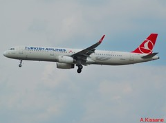 TURKISH AIRLINES A321 TC-JSE (Adrian.Kissane) Tags: sky plane germany outdoors flying frankfurt aircraft aeroplane landing airline airbus turkish airliner arriving a321 tcjse 1662018 5450
