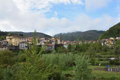 Castelnuovo (grasso.gino) Tags: italien italy italia toskana toscana tuscany castelnuovo nikon d7200 garfagnana häuser houses landschaft landscape