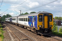 Northern 156424 (Mike McNiven) Tags: arriva railnorth northern sprinter supersprinter dmu diesel multipleunit gatley manchester manchesterairport airport warrington central warringtoncentral liverpool limestreet