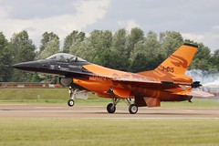 Orange, the stunning RNAF F-16 demo team. (scobie56) Tags: general dynamics f16a mlu j015 rnaf royal netherlands air force dutch orange demo team riat roayl international tattoo fairford