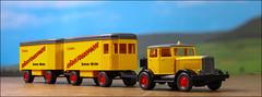 Möbeltransporter (hans der insulaner) Tags: auto car modell h0 187 transporter lkw lastkraftwagen canon canoneosrp macro makro stacking focusbracketing