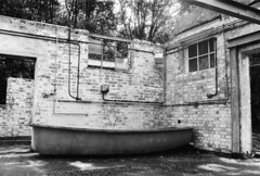 Abandoned lab (a.pierre4840) Tags: olympus om3 zuiko 35mm f2 35mmfilm kosmofotomono100 bw blackandwhite noiretblanc abandoned derelict ruined decay dorset england