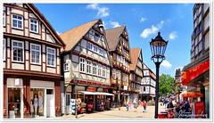 Historische Altstadt, Celle (Don111 Spangemacher) Tags: gebäude farbenfroh fachwerkhaus fachwerk laterne celle altstadt historisch einkaufsmeile wolken wege städte strase himmel frühling reisen romantik urlaub südheide niedersachsen norddeutschland kultur lüneburgerheide