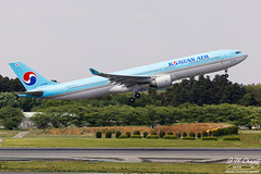 Korean Air [KE][KAL] / HL7553 / A330-323 / RJAA (starger64) Tags: canoneos5dmarkiv ef1004004556lisii rjaa nrt naritainternationalairport 成田国際空港 成田機場 新東京国際空港 aviation aircraft airplane arlines airbus koreanair 大韓航空 ke706 hl7553 a330323 a330 a330300 a333