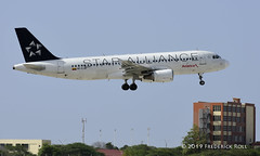 Avianca A320 ~ HC-CRU (© Freddie) Tags: aruba oranjestad renaissanceisland avianca airbus a320 hccru staralliance aua tnca tncaaua fjroll ©freddie