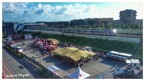 Nederlandse Spoorwegen  2631+2406 (SLT)  Lelystad -Centrum  (NL)