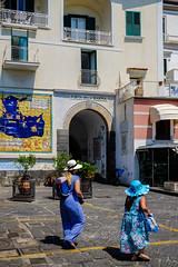DSCF7965-2.jpg (marcelo_valente) Tags: fujixe2 amalfi travelphotography travel hats fuji italy italia fujifilmxe2 europe streetphotography amalficoast