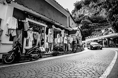 DSCF8048.jpg (marcelo_valente) Tags: rome fujixe2 travelphotography travel italy fuji roma italia fujifilmxe2 europe store amalficoast