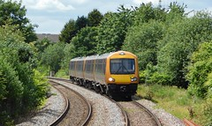 Sunny approach to Cradley Heath (The Walsall Spotter) Tags: class1720 172006 172001 cradleyheath railway snowhill line networkrail westmidlandsrailway british railways uk multipleunit diesel