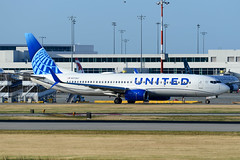 CYVR - United Airlines B737-800 N37267 (CKwok Photography) Tags: yvr cyvr unitedairlines b737 n37267