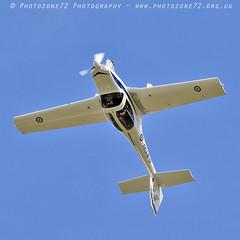 0994 Tutor (photozone72) Tags: raf tutordisplay grobtutor tutor wingswheels dunsfold dunsfoldpark aviation aircraft airshows airshow canon canon7dmk2 canon100400f4556lii 7dmk2