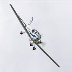 0988 Tutor (photozone72) Tags: raf tutordisplay grobtutor tutor wingswheels dunsfold dunsfoldpark aviation aircraft airshows airshow canon canon7dmk2 canon100400f4556lii 7dmk2