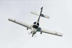 0986 Tutor (photozone72) Tags: raf tutordisplay grobtutor tutor wingswheels dunsfold dunsfoldpark aviation aircraft airshows airshow canon canon7dmk2 canon100400f4556lii 7dmk2