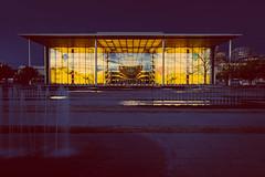 Paul-Löbe-Haus bei Nacht (DOKTOR WAUMIAU) Tags: d7200 ishootraw nikon berlin lightroom nikond7200 longexposure vscofilm regierungsviertel mitte tokina tokina1116