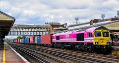 66587 @ Eastleigh (A J transport) Tags: class66 diesel 66587 pink locomotive intermodal freightliner railway trains england
