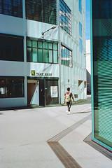 Reflections (titan3025) Tags: leica leicam6 m6 kodak portra 160 filmphotography grainisgood filmisnotdead ishootfilm zürich 2019