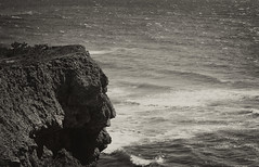 Friendly face (Jenny!) Tags: cliff praiaazul santacruz portugal atlantic atlanticocean portugal2019